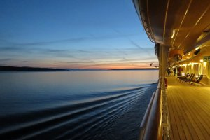 More Sights for Less: Why a Cruise is a Wonderful Honeymoon Option……